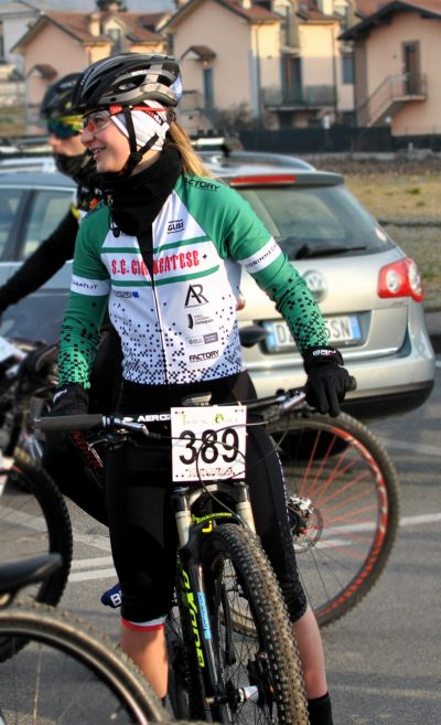 factory sport wear body ciclismo trasimeno on bici corinne casati